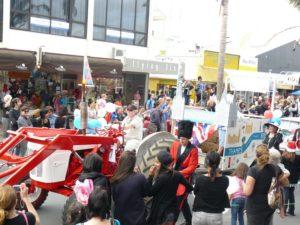 2011-christmas-parade-048